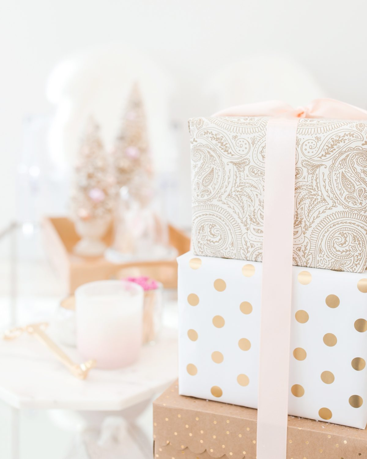 Holiday Gift Guides | With Love, Vienna Lyn